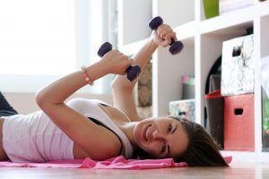 ejercicio flexiones reafirmar pecho