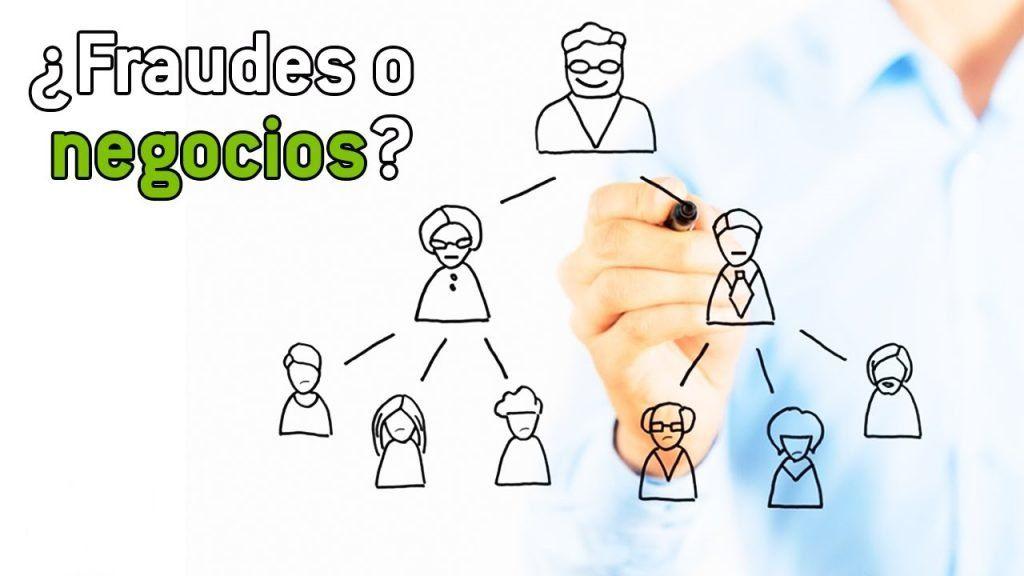esquema-piramidal-vs-multinivel www.tucaminodelbienestar.com