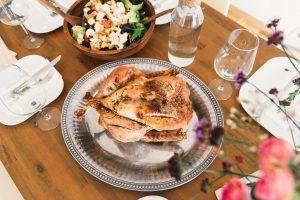 9 alimentos que no deben faltarte pollo