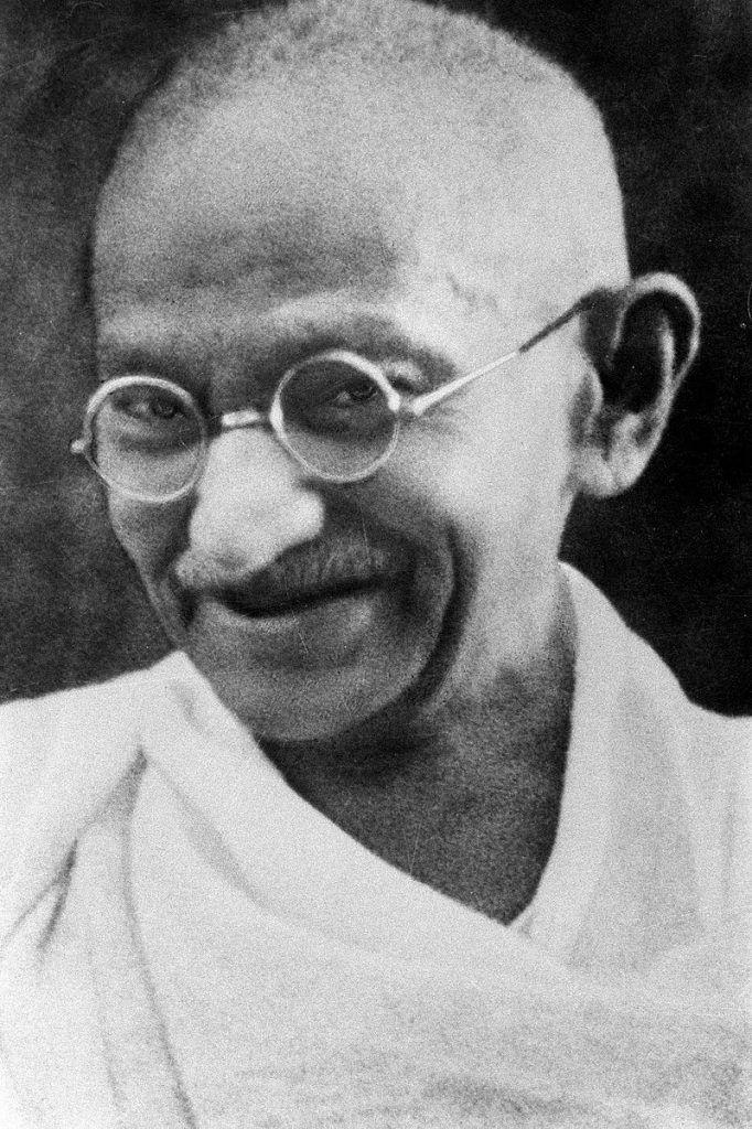 frases de sonrisas Ghandi www.tucaminodelbienestar.com