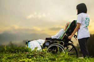 ANCIANO1 cuidado de ancianos www.tucaminodelbienestar.com